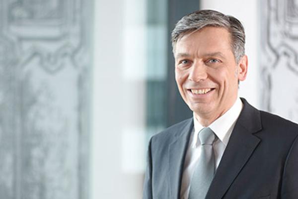 Prof. Dr. Alexander Kracklauer