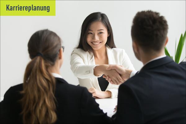 """Interview Headerbild zum Thema """"Passenden Arbeitgeber finden"""""""
