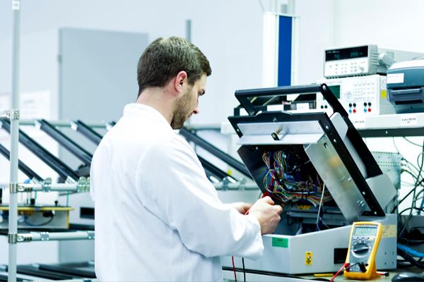 PROFFILE Interview zum Berufsbild Elektriker und Elektroniker