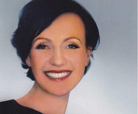 Prof. Martina Weiß über das Studium Modemanagement