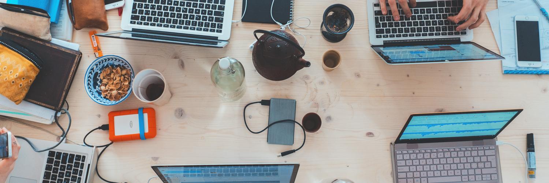 Interview Headerbild zum Studium Informationsmanagement und Unternehmenskommunikation