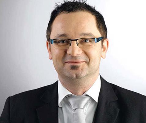 Philipp Linsenmayer über die Ausbildung zum Chemielaboranten